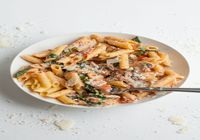 Penne Rosa Chicken with Mushrooms Spinach and Garlic Bread