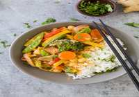 Vegetable Thai curry with Steam rice