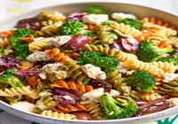 Three colour fusilli rose with fresh veggies & house made bread